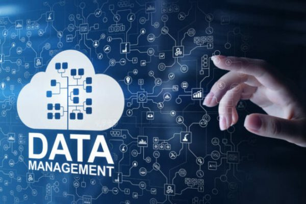 reduce data management complexity before damages business 1024x440 1